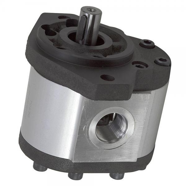 Komatsu PC120-6J Hydraulic Final Drive Motor #1 image