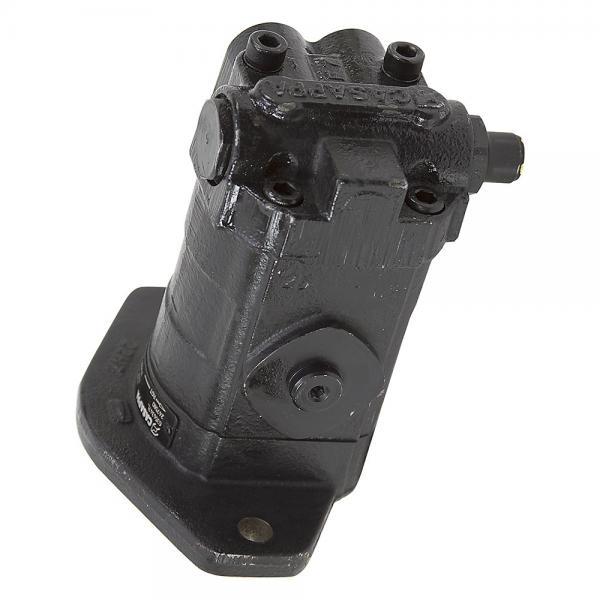 Komatsu 206-27-00302 Hydraulic Final Drive Motor #1 image